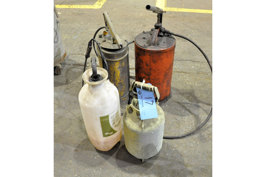Lot 17 - Lot-(2) Grease Dispensers with (2) Pump Sprayers