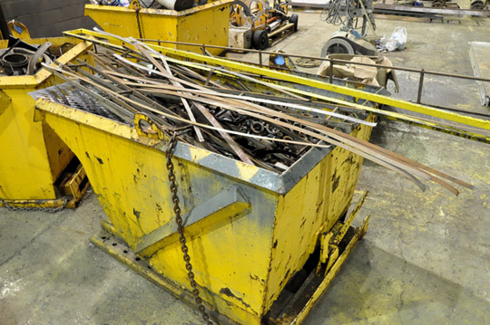 Stationary Dump Hopper with Scrap Metal Contents - Image 2 of 2