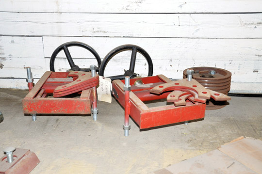 Lot-Springs, Couplings, Pipe Flanges, Oil Seals, Breakers and - Image 5 of 15
