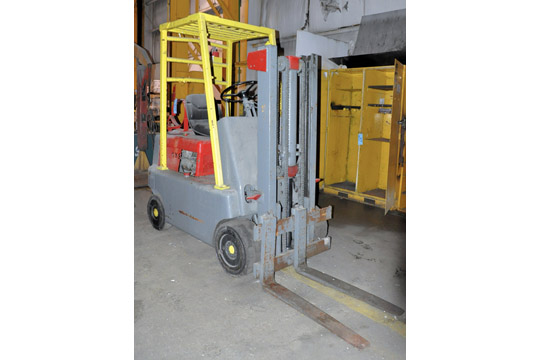 HYSTER Approx. 3,000-Lbs. Capacity LP Gas Fork Lift Truck;