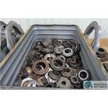 (LOT) MISCELLANEOUS SIZE RING GAGE WITH CORRUGATED STEEL TUB