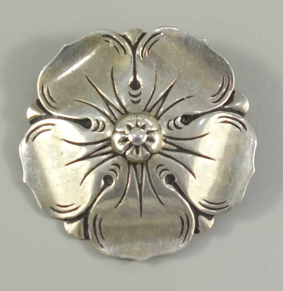 "Blütenbrosche, 835er Silber, Karl Hohmann, Pforzheim, 1920/30er Jahre, Gew.10,02g, Punze: ""KH"""