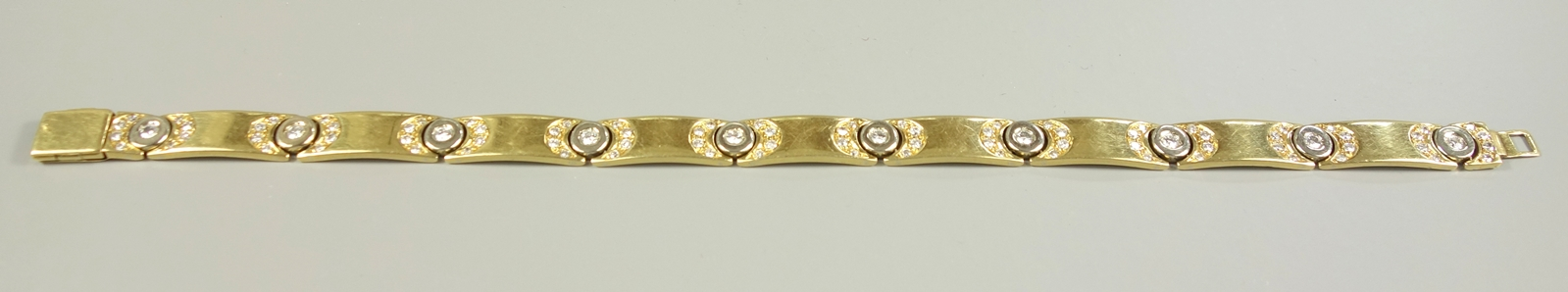 "Brillant-Armband, Hersteller ""Mabri"", 750er Gold, Gew.26,08g, total ca.1,30ct, 10 Brillanten á ca."