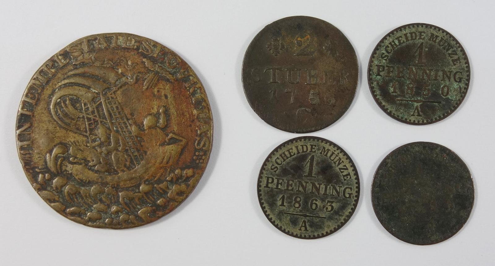 4 div. Kleinmünzen und AE-Medaille, Kremnitz: 2 Stüber 1756 C, Friedrich II., Preussen; 3* 1 Pfennig - Bild 2 aus 2