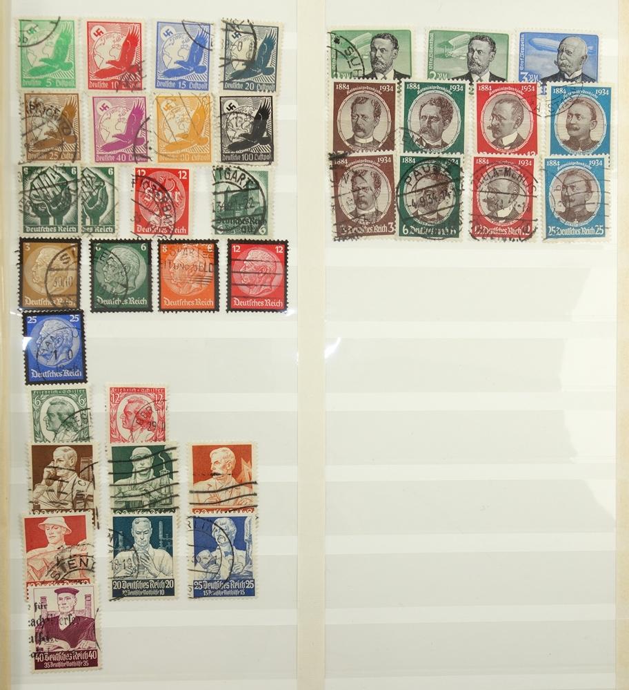 Briefmarken, III. Reich, 1933-1945, gut bestückt, jedoch fehlerhaft. gestempelt, postfrisch, mit - Bild 2 aus 4