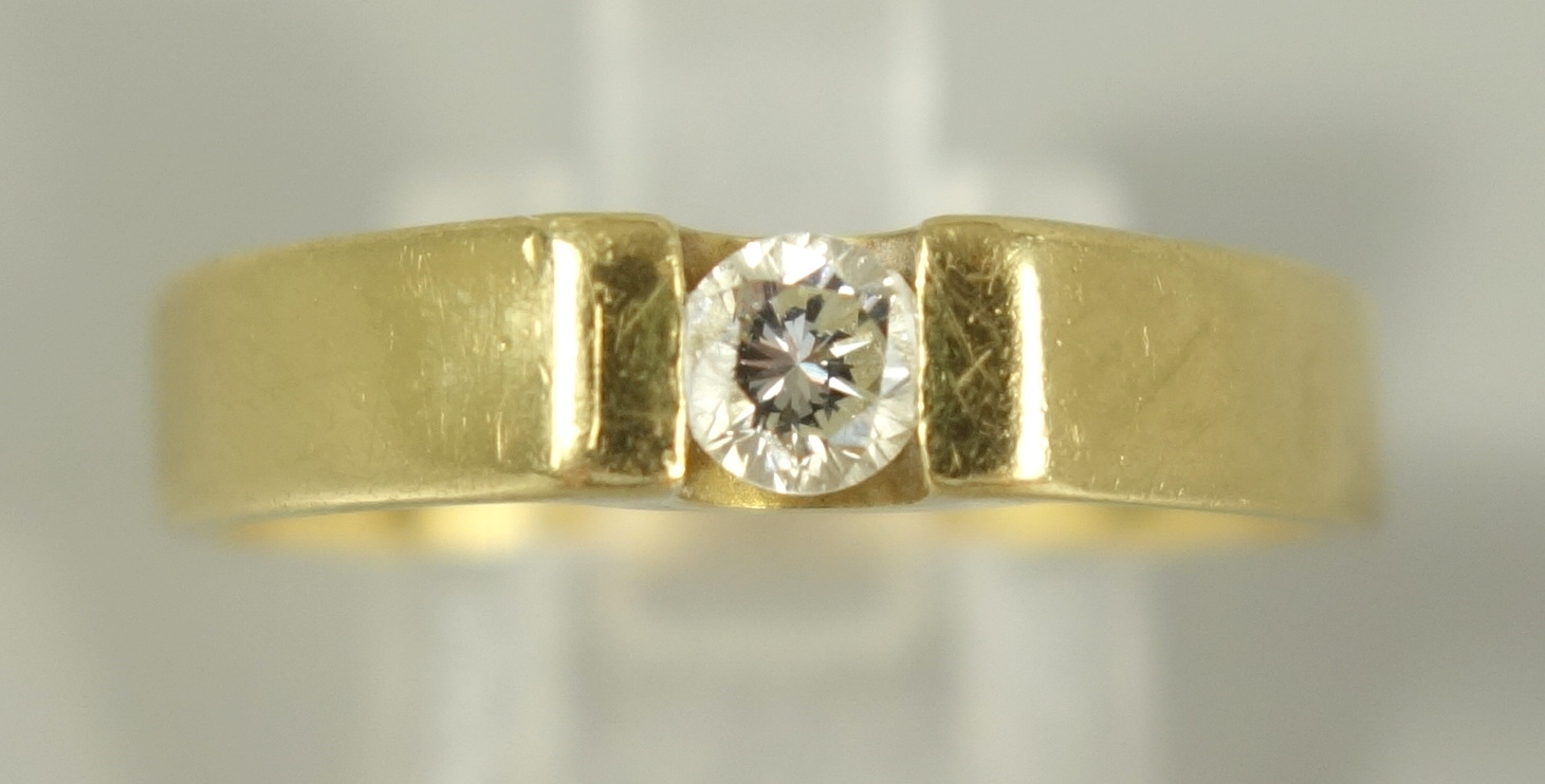 Ring mit Diamant-Brillant, 750er Gelbgold, Gew.5,89g, Dia.-Brill. ca.0,20ct, H, VVS, U.59Ring with - Bild 2 aus 2