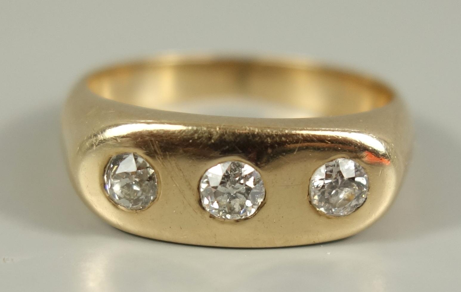 Ring mit 3 Diamant--Brillanten, 585er Gelbgold, Gew. 6,71g, total ca.0,45ct, massive Ringschiene, - Bild 2 aus 2