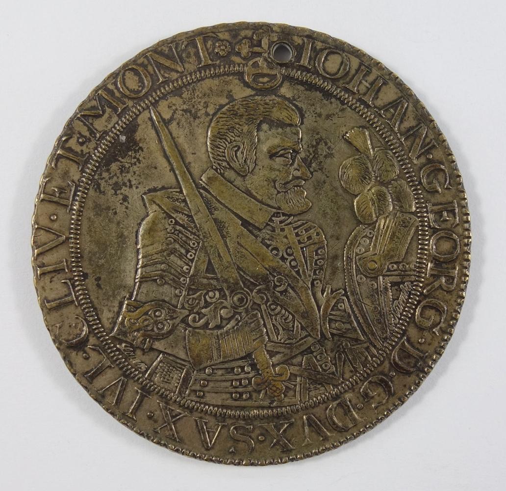 Taler 1655 CM Sachsen-Albertinische Linie Johann Georg I. 1615-1656, D.45mm, obere Bohrung, sonst