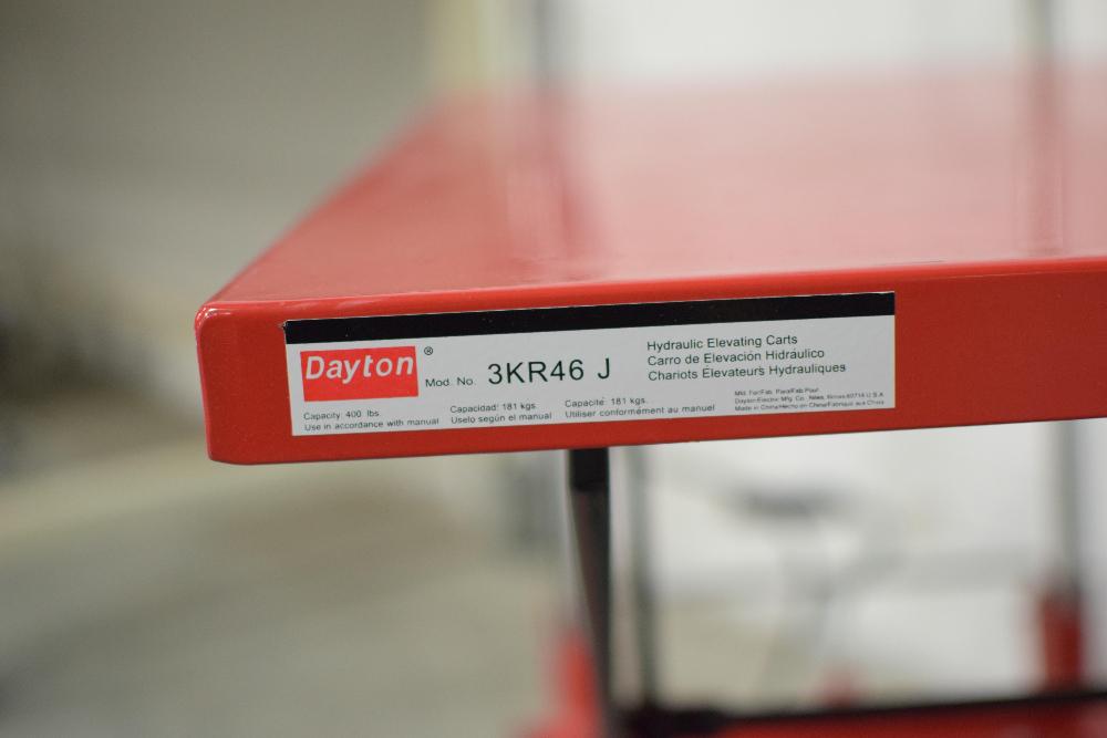 Dayton 3KR46J Hydraulic Elevating Carts - Image 2 of 2