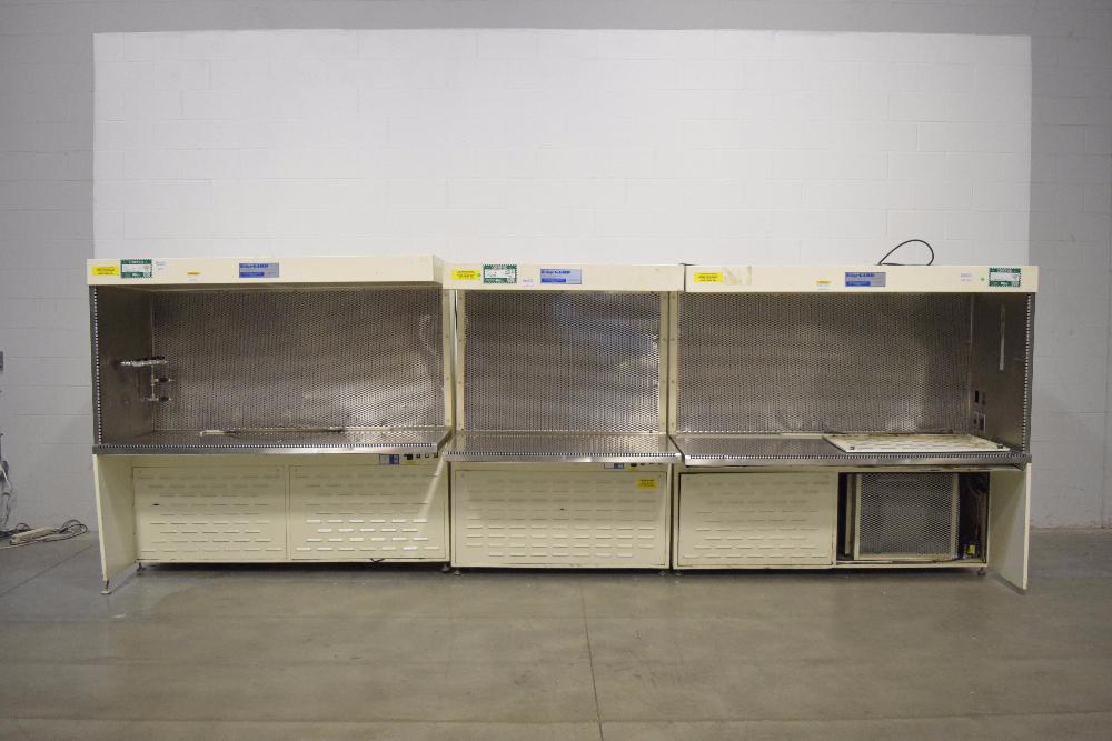 Baker EdgeGARD EG-6320 and EG-4320 Horizontal Laminar Flow Clean Benches