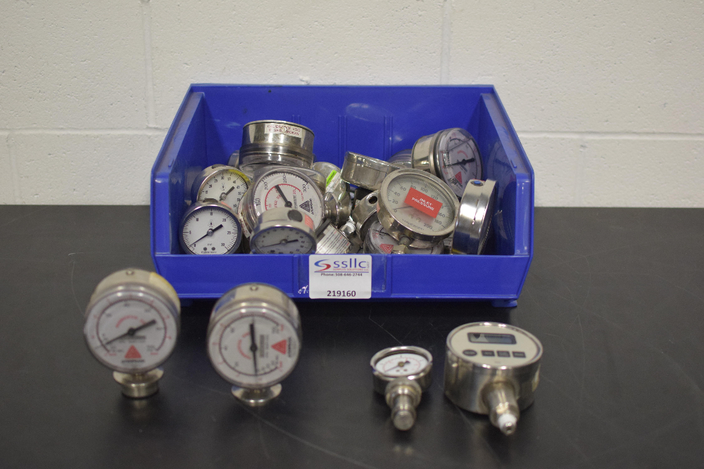 Lot 21 - Lot of (33) PSI Gauges