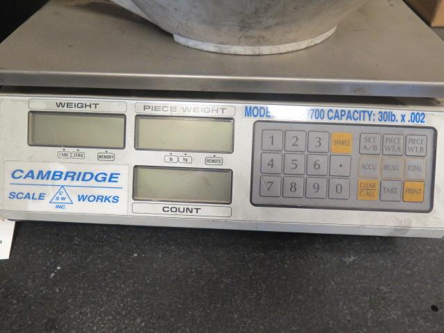 Lot 1 - Cambridge GSC-9700 30 Lb Cap Digital Counting Scale
