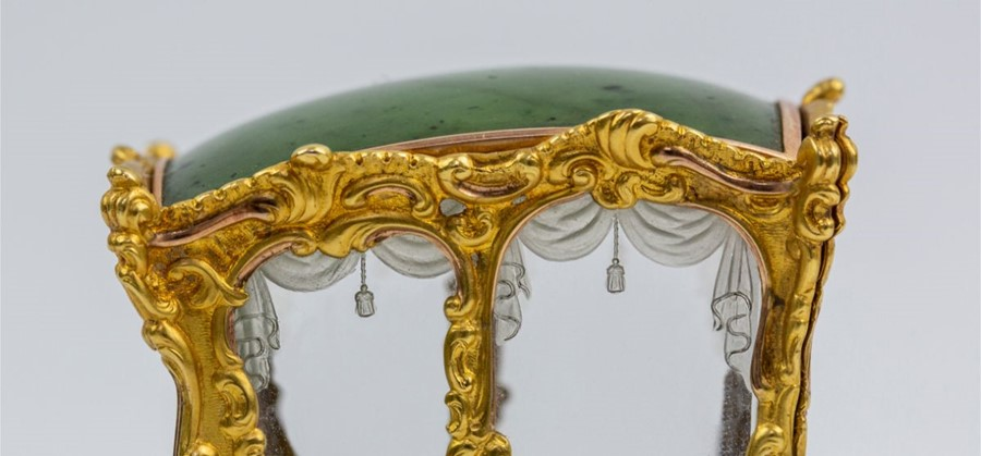 Please note:- Fabergé nephrite, rock crystal, mother-of-pearl and vari-colour gold miniature - Image 65 of 74