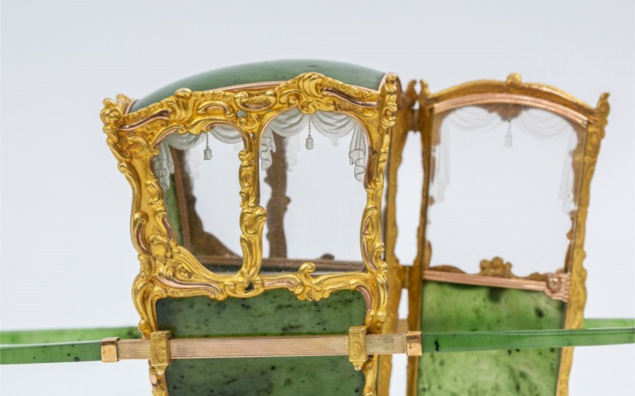Please note:- Fabergé nephrite, rock crystal, mother-of-pearl and vari-colour gold miniature - Image 19 of 74