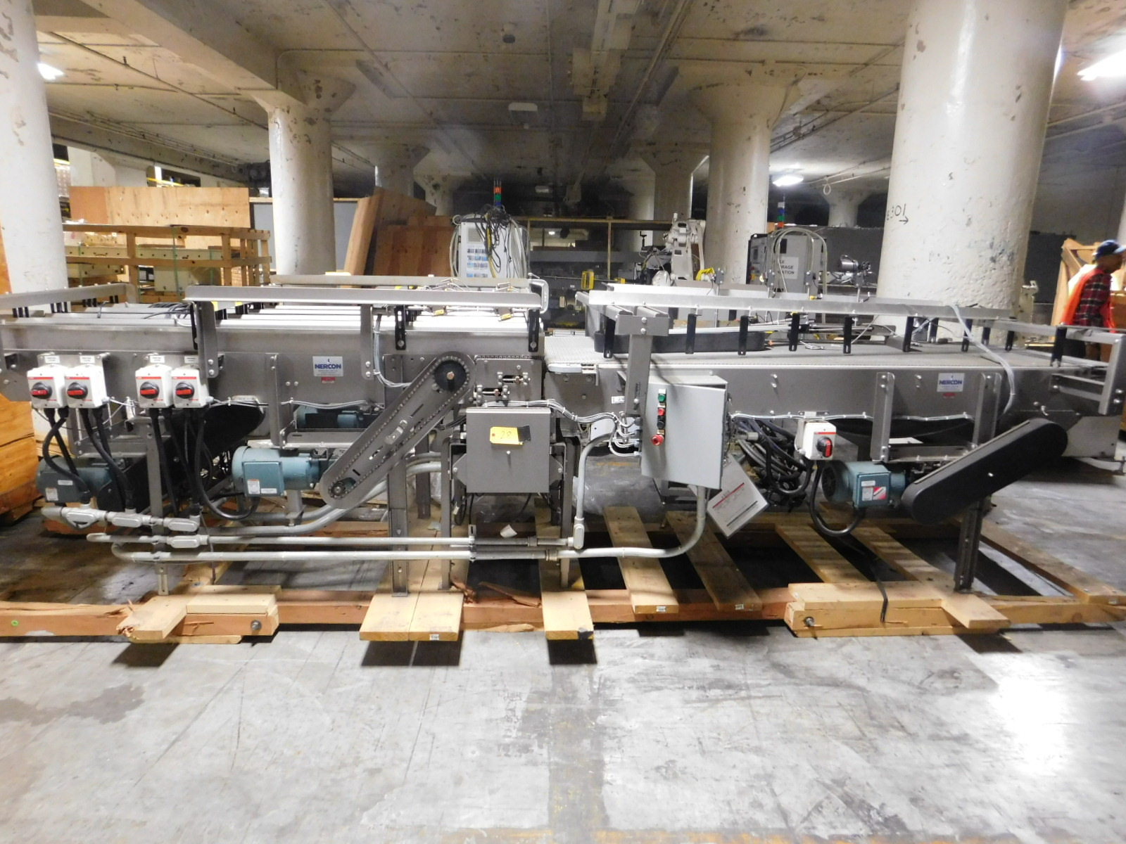 Lot 28 - Nercon Conveyor 3x 8' Stainless Steel construction :equipment located at Clark Logistic Services |