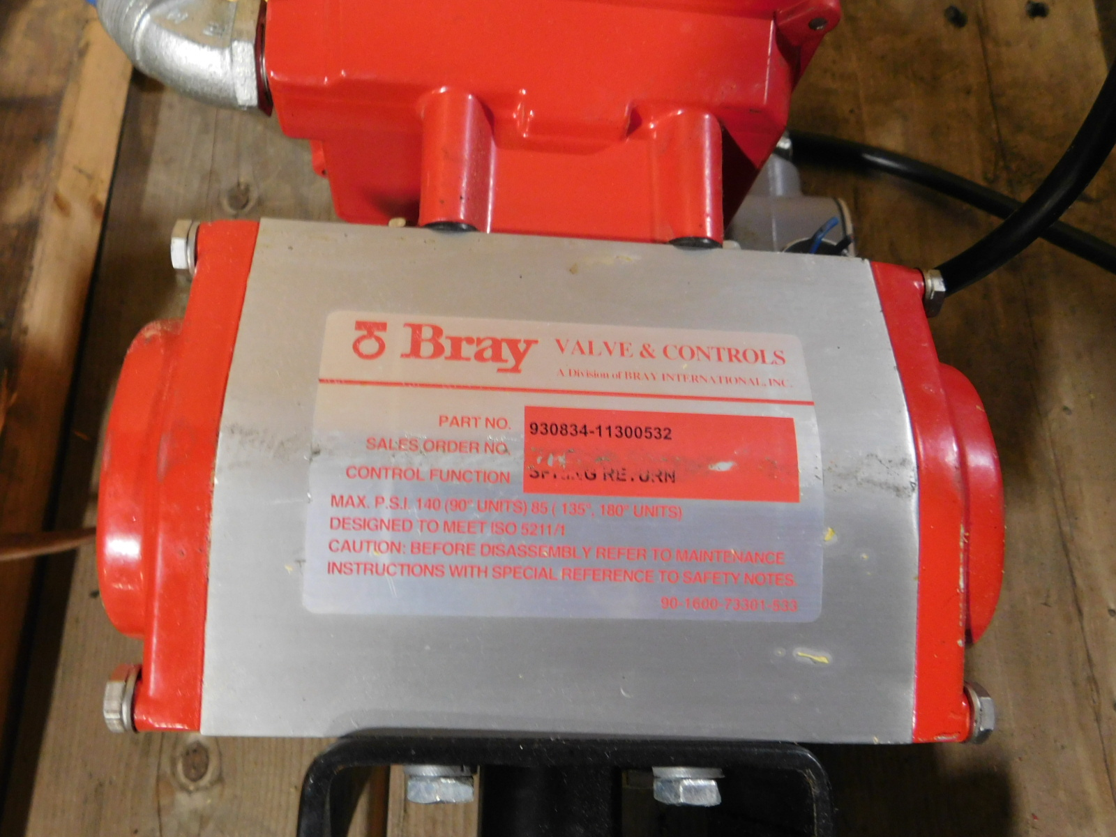 Lot 42 - Bray Vales 50-0406-12610-532,Valve Status Monitor/LMT Switch, SN:930834-11300532 :equipment