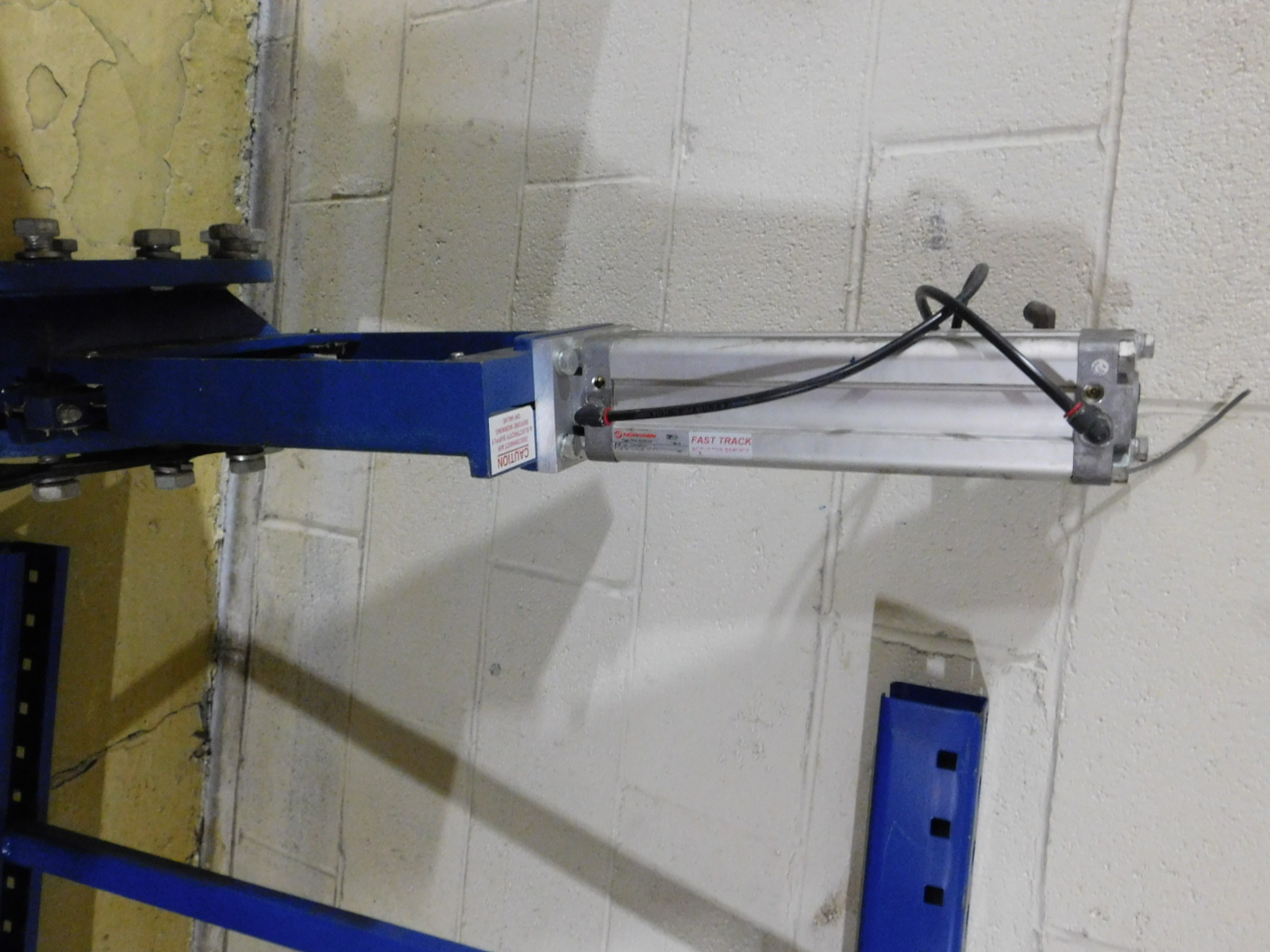 "Lot 45A - NORGEN 10"" Valve Qty. With Norgren Double Action Pneumatic Profile Cylinder Model:PRA-182080/M"