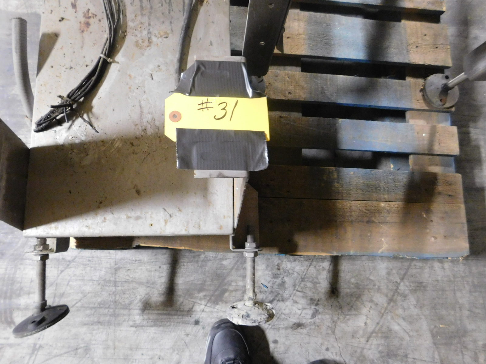 Lot 31 - Ramsey Icore autolock 8000 Ramsey checkweigher with conveyor SN:99177286 :equipment located at Clark