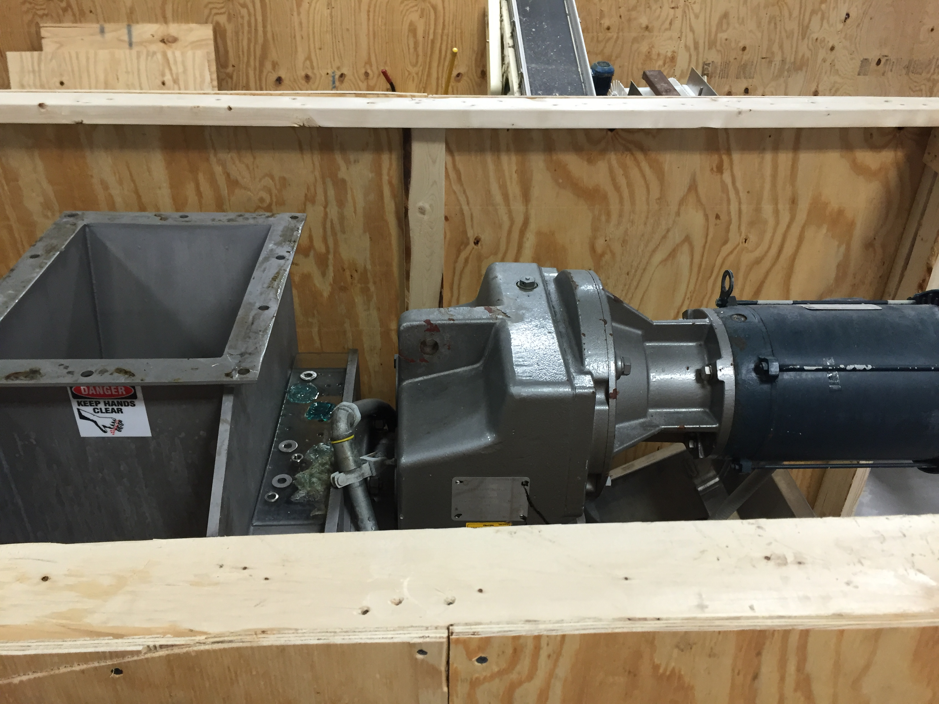 Lot 16 - Vincent Corporation VPS Pillow Slicer SN:13085 Mfg. 2013 2-20HP MOTORS AND CONVEYORS AND HOPPER 42