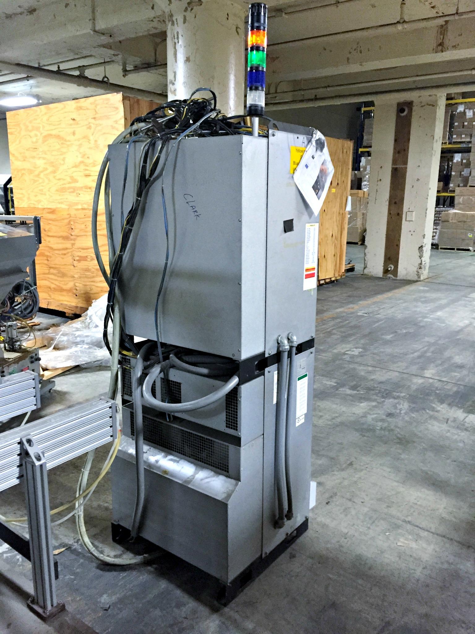 Lot 11 - ALLEN BRADLEY 721 68 Vasteras Type of robot IRB2600, Type IRC5 M2004 Ver. 53A 262V, voltage 3X480V
