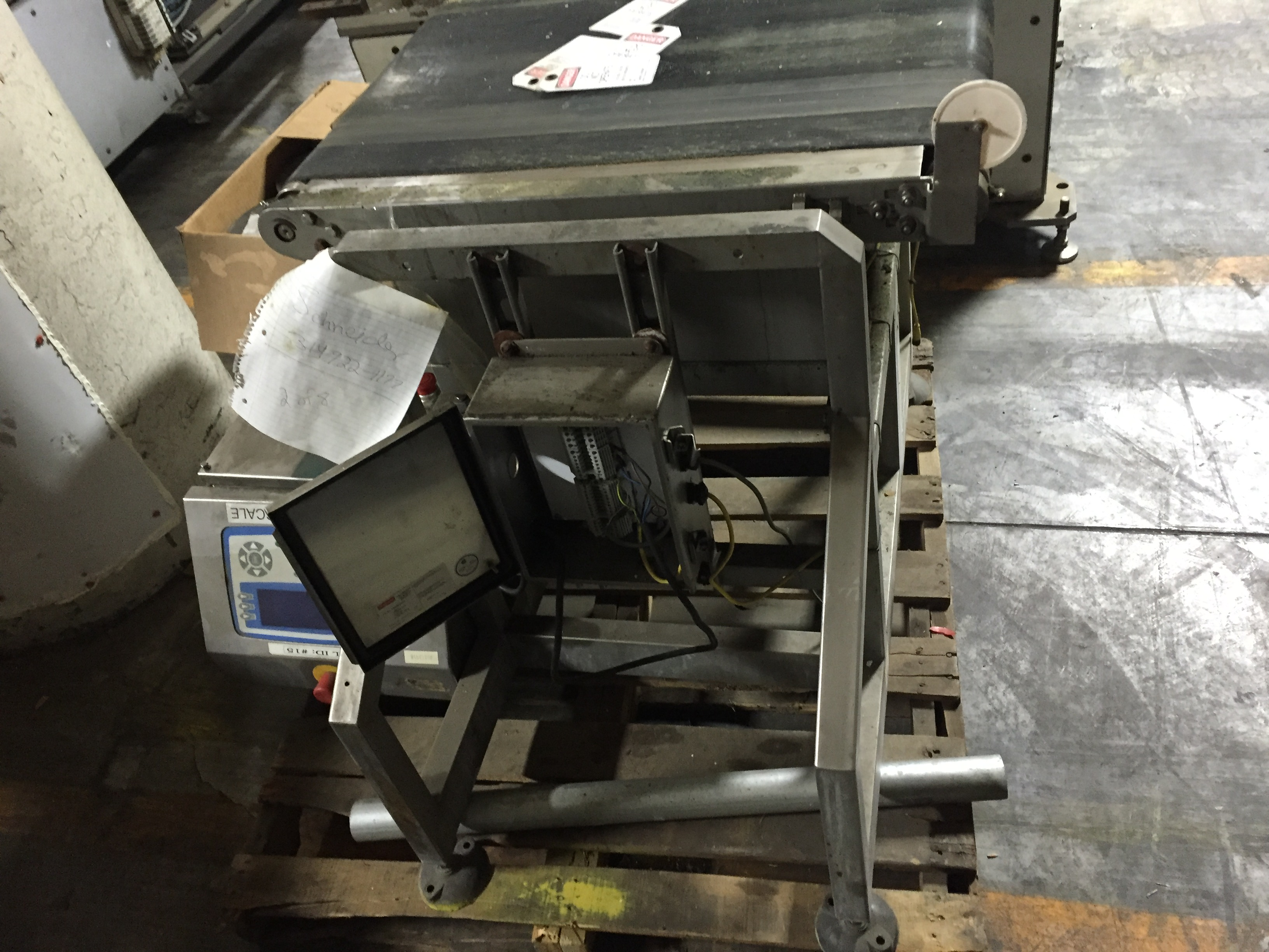 Lot 30 - Loma System Scale Checkweighing 40013918 Loma AS Series heavyweight Checkweigher with conveyor :