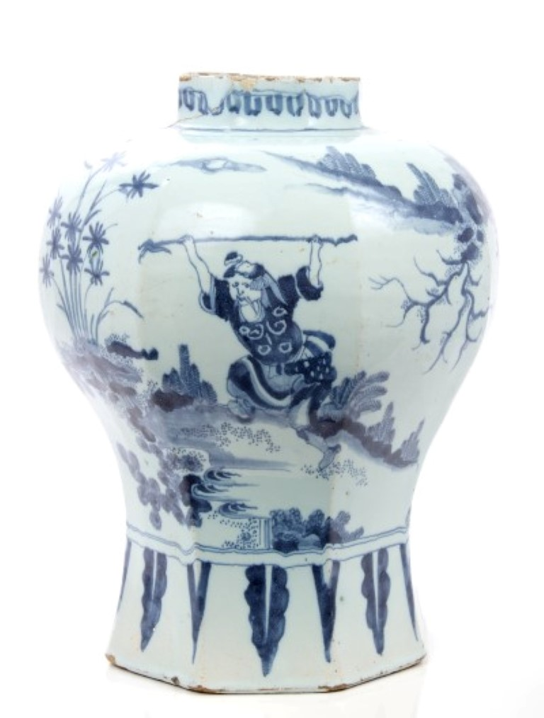 Lot 34 - 18th century Delft tin glaze blue and white pottery vase of octagonal baluster form with Chinese