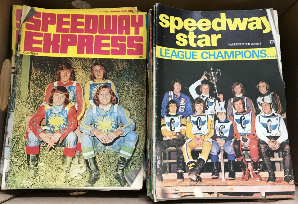 Lot 101 - A box of vintage speedway magazines.