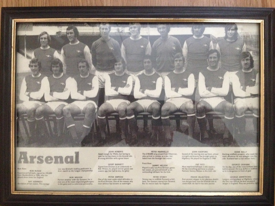 Lot 11 - Early 1970's black & white Arsenal F.C. team photograph.