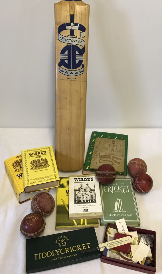 Lot 88 - A box of assorted cricketing items.