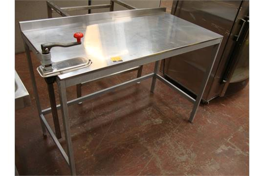 Stainless Steel Table With Lip At Rear Plus Bonzer Commercial Can - Stainless steel table with lip