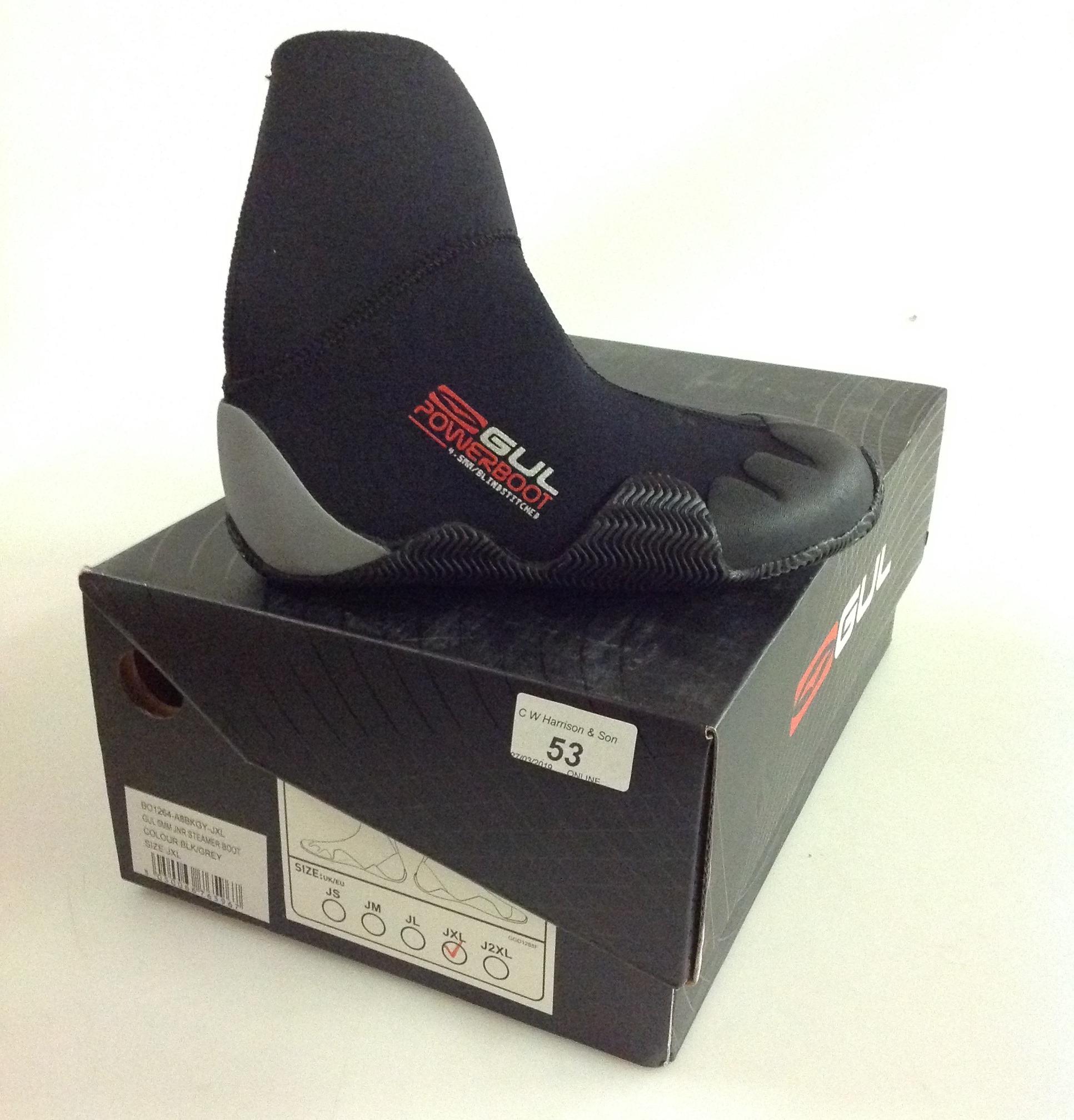 Lot 53 - Gul 5MM Jnr Steamer boot black and grey- size JXL