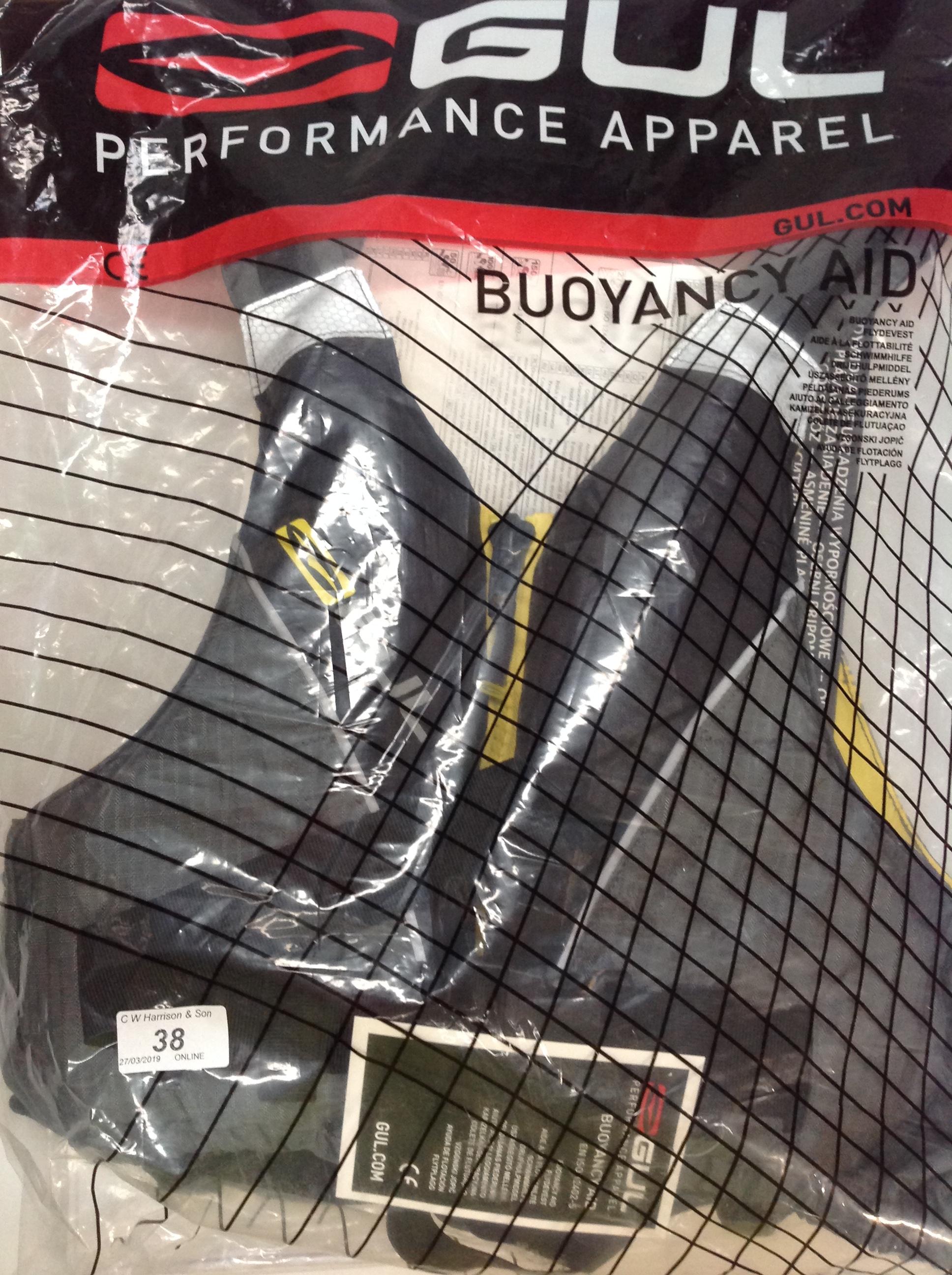 Lot 38 - Gul Race lite 5ON buoyancy aid - size junior