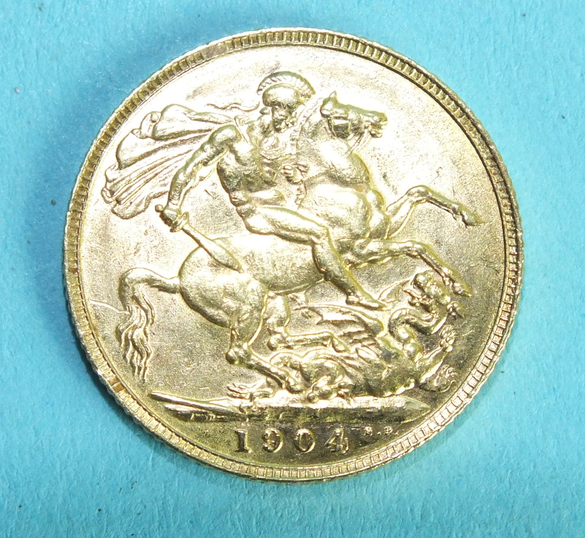 Lot 369 - An Edward VII 1904 sovereign.