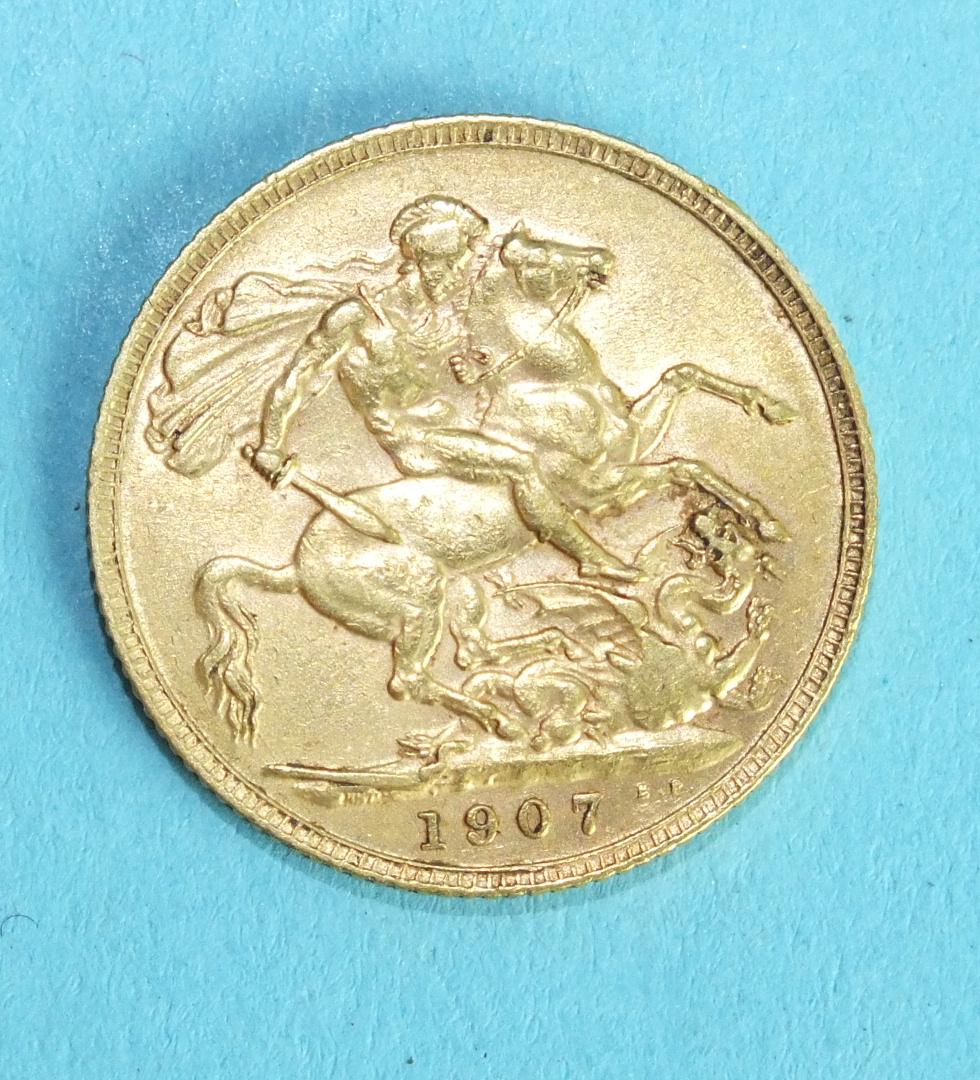 An Edward VII 1907 sovereign.