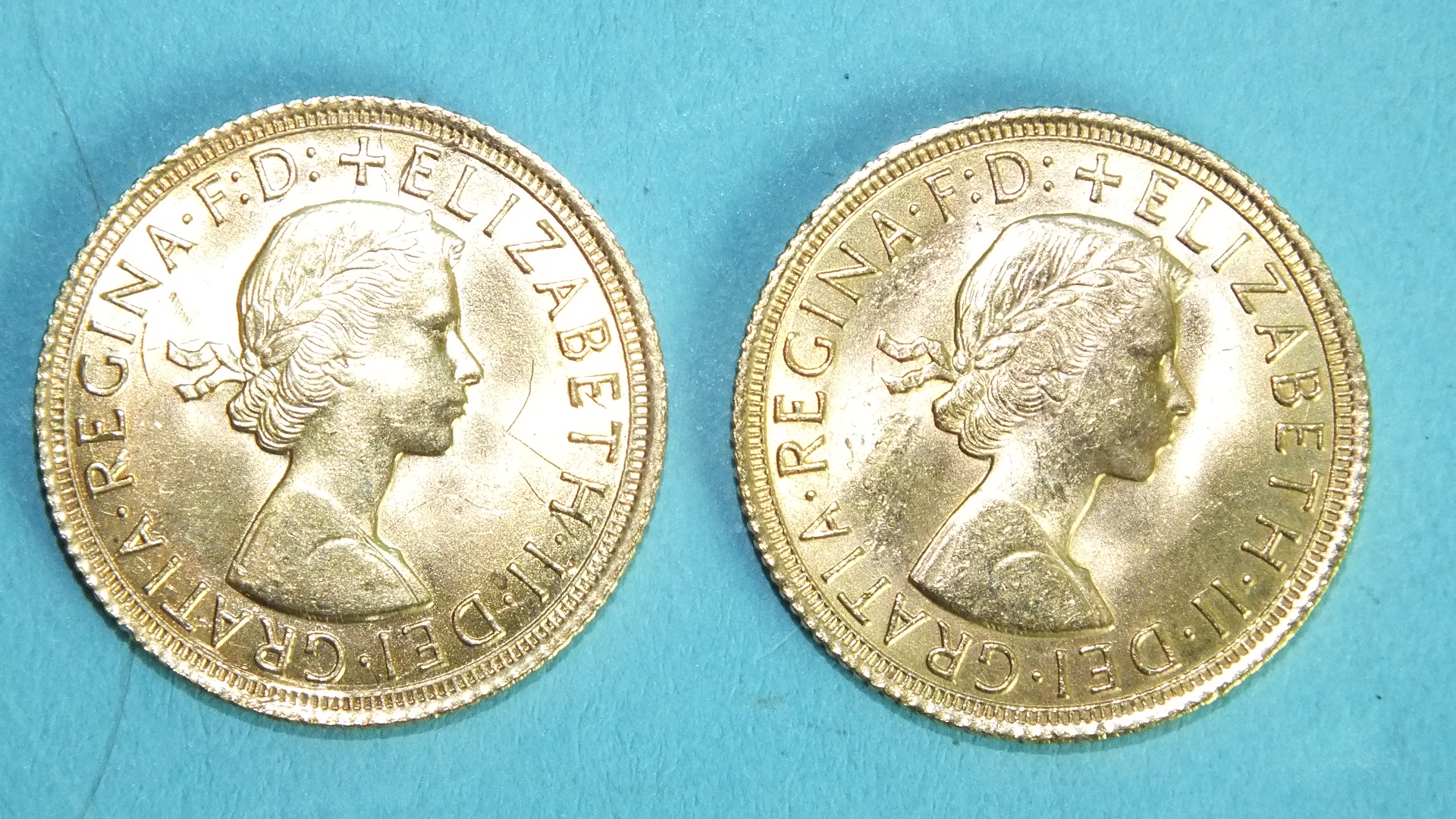 Lot 378 - Two Elizabeth II 1964 sovereigns, (2).