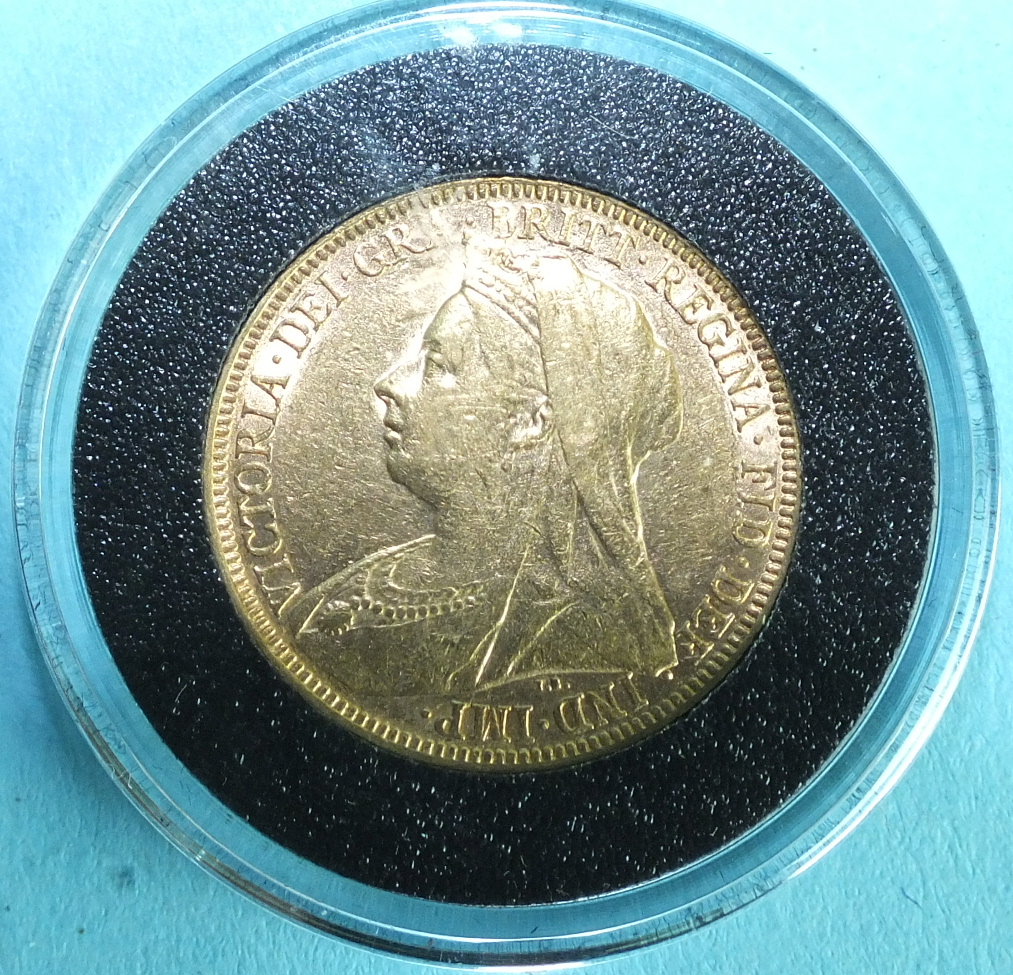 Lot 365 - A Queen Victoria 1894 sovereign.