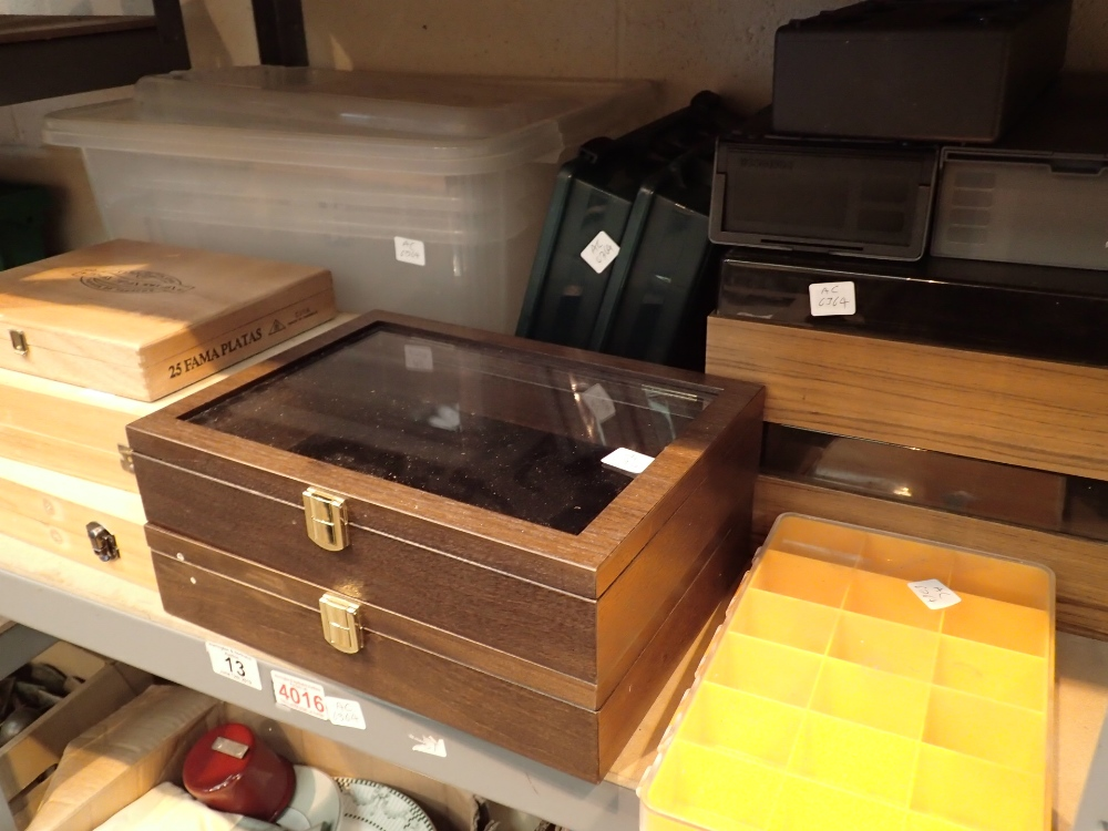 Lot 13 - Shelf of assorted wood and plastic small storage and display boxes