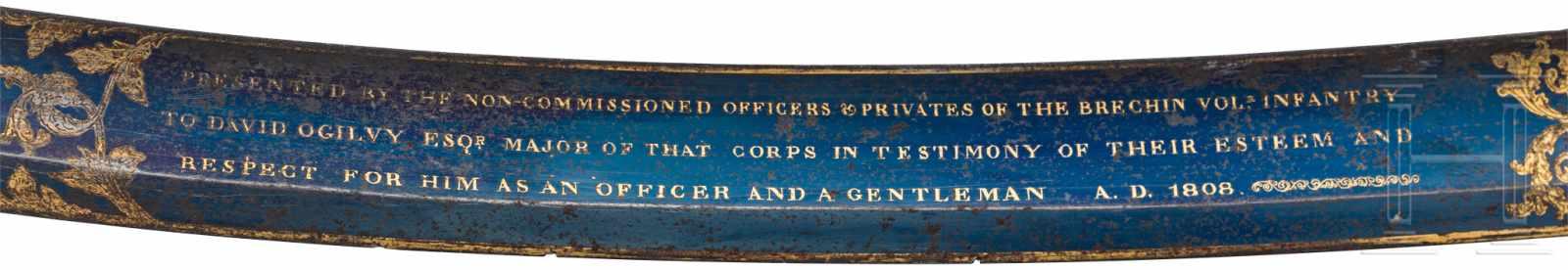 Lot 4392 - Bedeutender Prunksäbel - Geschenk des Brechin Volunteer Infantry Corps an Major David Ogilvy,
