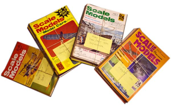 Lot 45 - Large collection of vintage scale model interest magazines circa 1960's/70's, to include; 'Scale