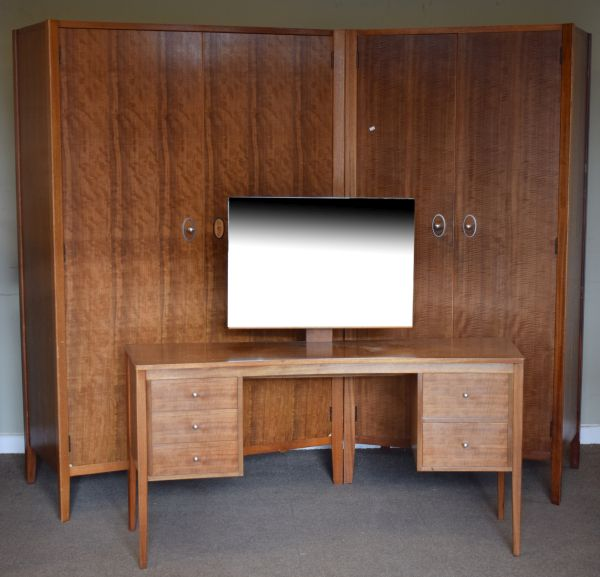 Lot 59 - Modern Design - 1960's/1970's Gordon Russell Workshop (Broadway) Bedroom Furniture comprising: