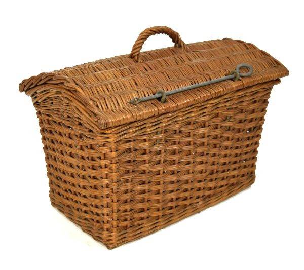 Lot 23 - Wicker hamper or carrier of dome top design Condition: