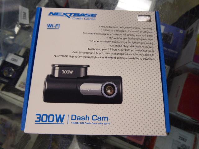 Nextbase 300W dashcam in box - Image 2 of 2