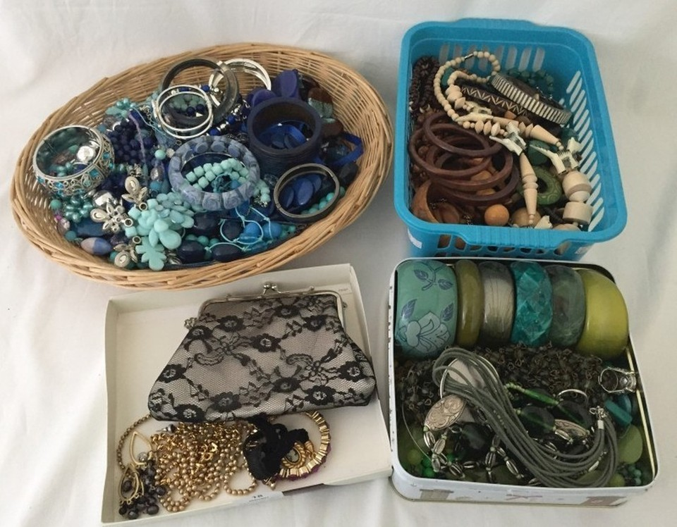 Lot 1017 - A very large quantity of modern costume jewellery to include bangles, necklaces, bracelets etc.