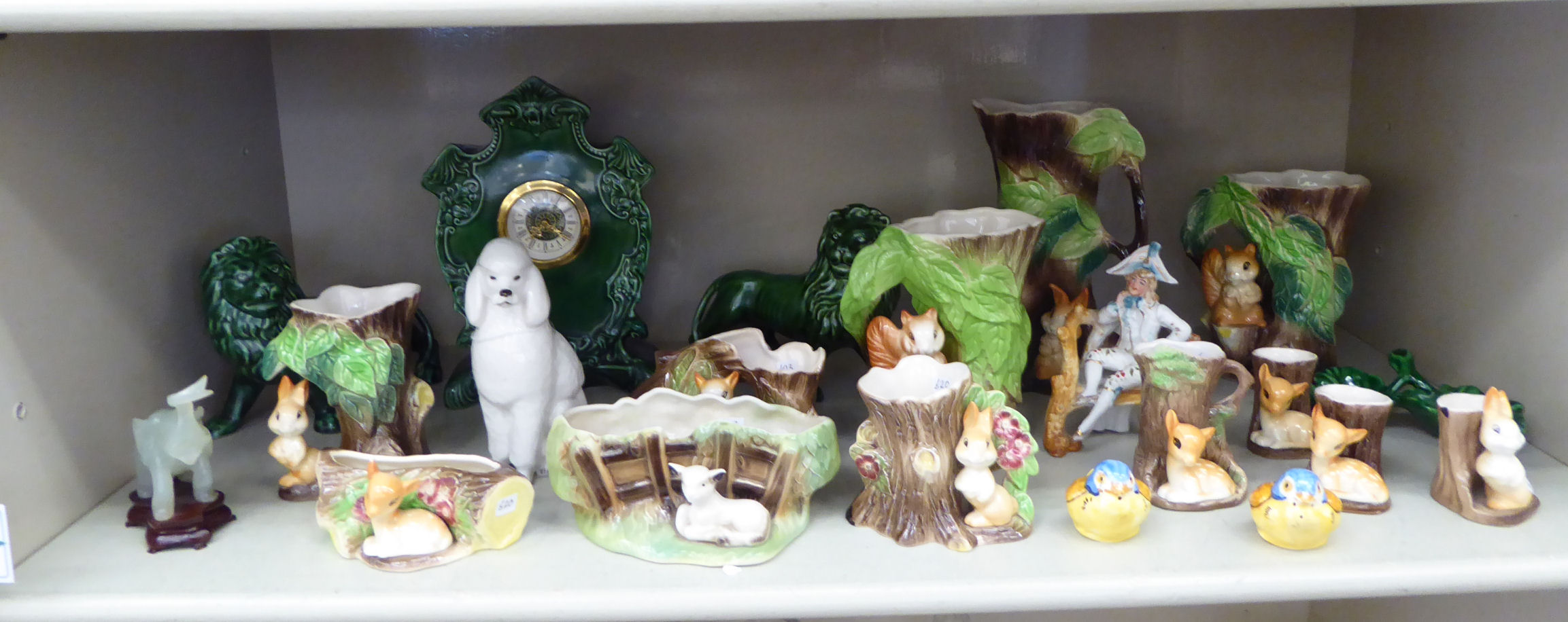 Lot 58 - Decorative ceramics, mainly Hornsea pottery: to include a vase,