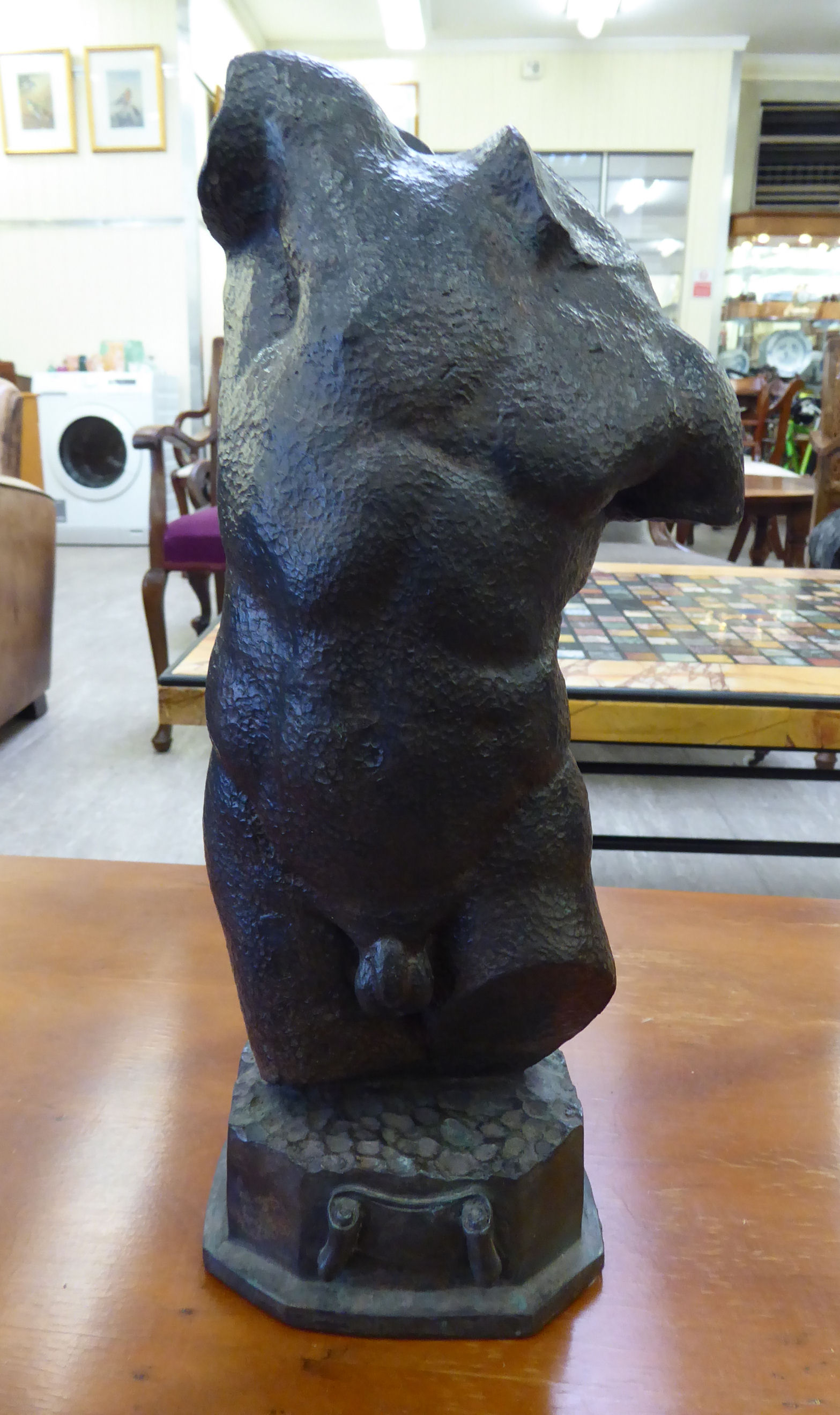 Lot 20 - A cast and patinated bronze statue,