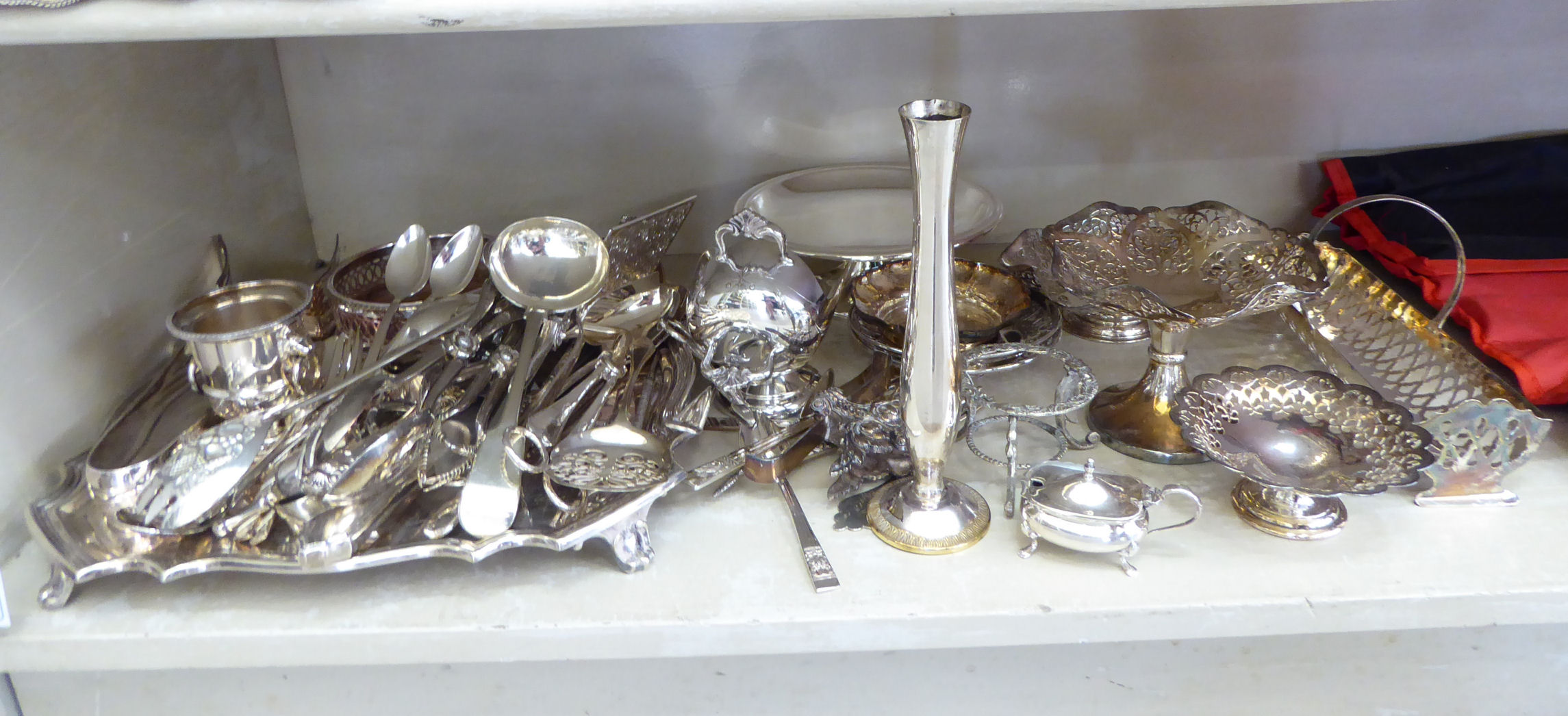 Lot 19 - Silver plated tableware: to include a presentation salver 12''sq;