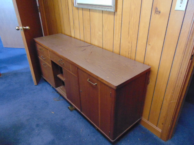 LOT CONSISTING OF: oval table, credenza, bookcase, (2) end tables & (8) chairs (located upstairs) - Image 2 of 2