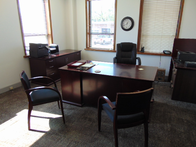Lot 655 - LOT CONSISTING OF: desk, credenza, table & (3) chairs