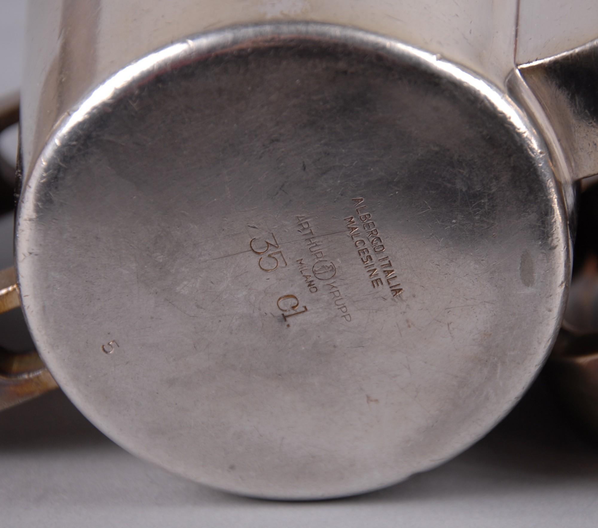 Lot 149 - PONTI GIOVANNI DETTO GIO' - Milano 1891-1979. Servizio in metallo argentato composto da teiera,