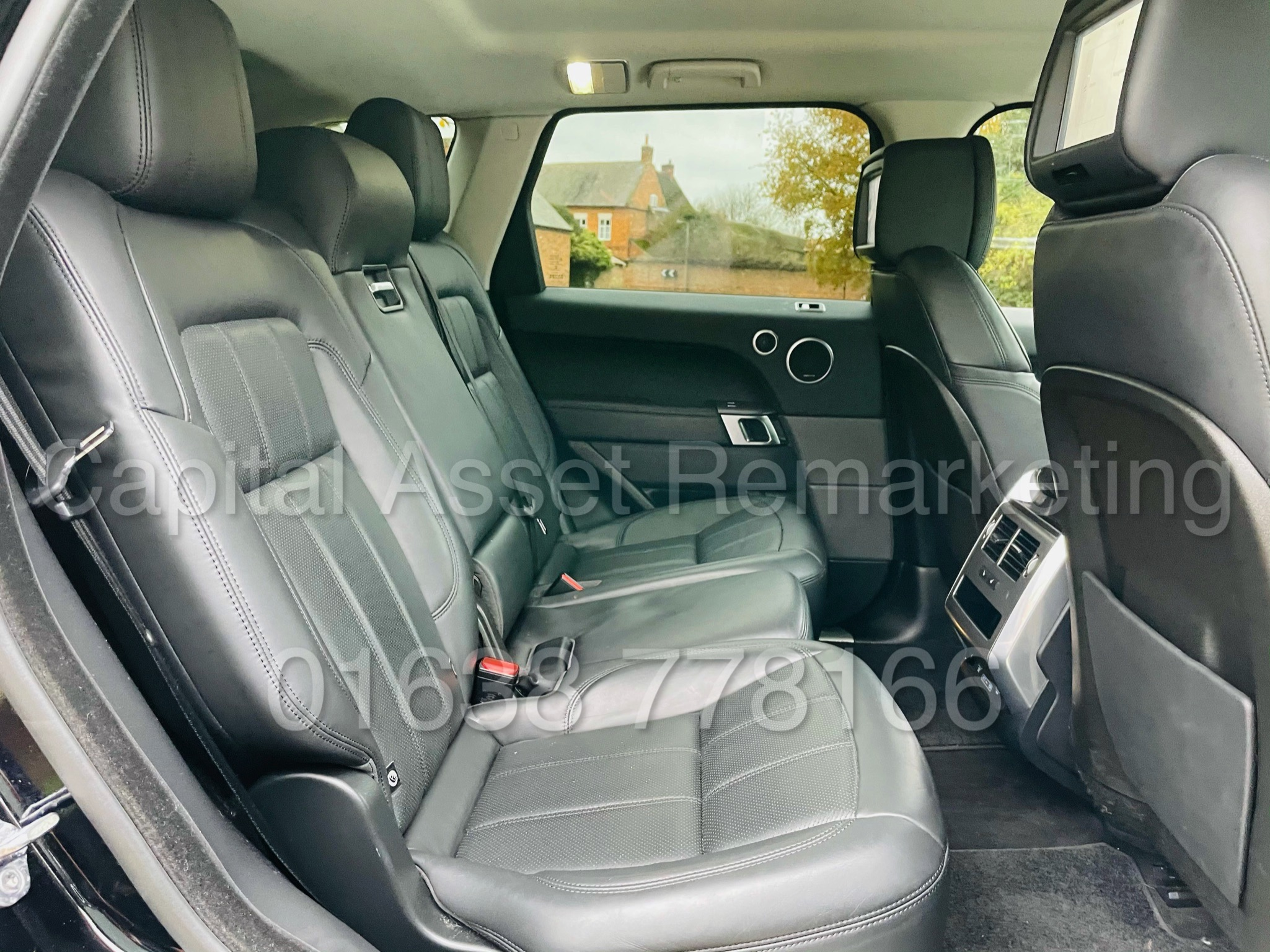 RANGE ROVER SPORT *HSE EDITION* SUV (2019 MODEL) '3.0 SDV6 - 306 BHP - 8 SPEED AUTO' *FULLY LOADED* - Image 32 of 56